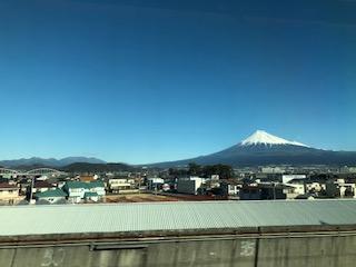 図2 東海道新幹線上り富士川鉄橋通過後に撮影した富士山